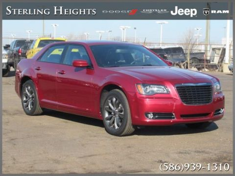 Pre-Owned 2014 Chrysler 300 4dr Sdn 300S AWD