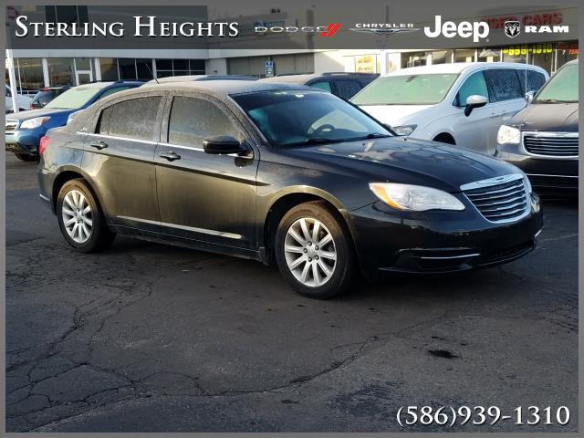 Pre-Owned 2011 Chrysler 200 4dr Sdn Touring
