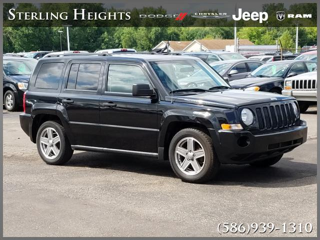 Pre Owned 2008 Jeep Patriot FWD 4dr Sport