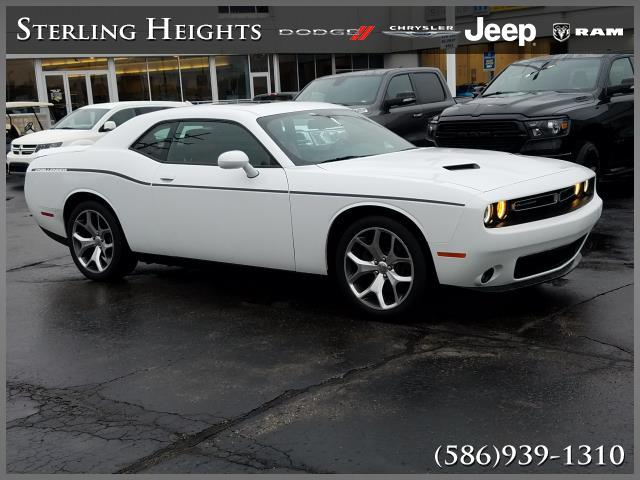 Certified Pre-Owned 2015 Dodge Challenger 2dr Cpe SXT Plus